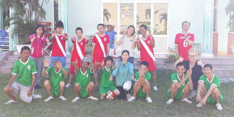 2 maanden Vietnam voetbalteam