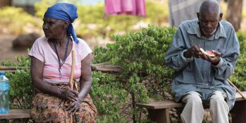 Vrijwilligerswerk Zambia 2 oudere mensen jpg