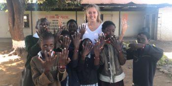 Zambia vrijwilligerswerk Livingstone nagels lakken