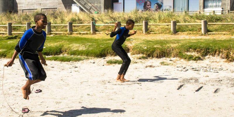 Zuid-Afrika Surf and Adventureclub warming up
