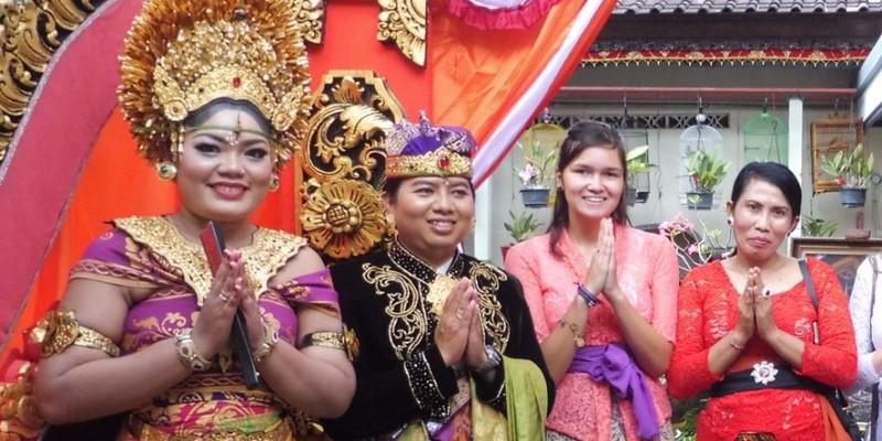 Indonesie Bali cultuur en lesgeven Bali bruiloft