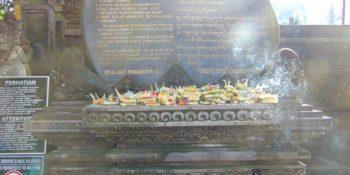 Indonesie Bali cultuur en lesgeven Bali offertafel