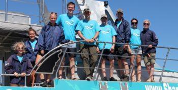 Zuid-Afrika-Marine-Conservation-Gansbaai-Volunteer-team-photo-on-slashfin