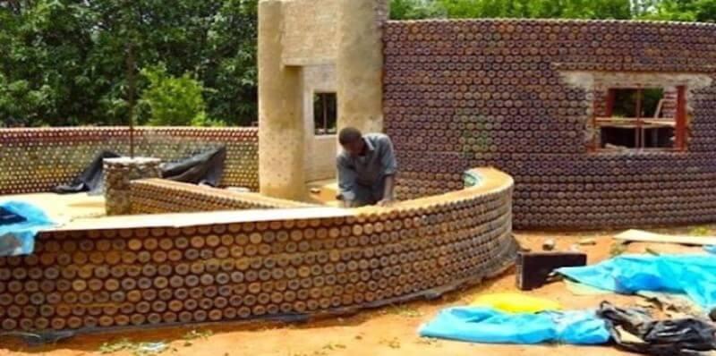 Zambia Eco bricking PETflessen