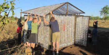 Zambia Eco bricking huisje