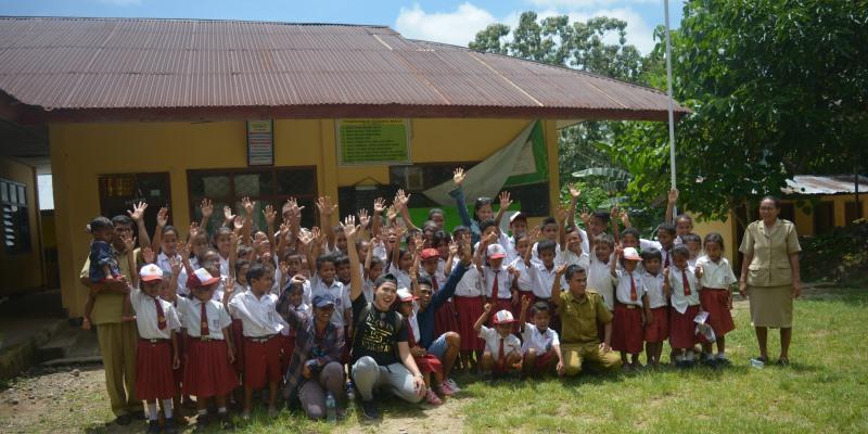 Vrijwilligerswerk Flores school