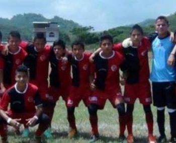 Ecuador voetbalprokect Puerto Lopez