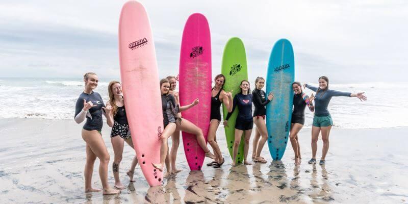 Kickstart Costa Rica Brenda en surfleskandidaten