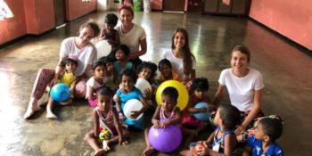 Sri Lanka Reis van mijn leven Ena met zus en vriendin