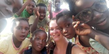 Vrijwilligerswerk Zambia selfie met kids