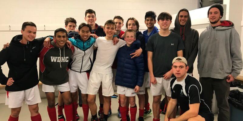 Friends for life Roel met hockey team