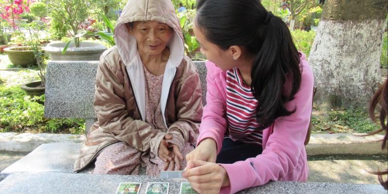 Vietnam Mekong werken met ouderen