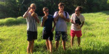Kickstart Costa Rica Merlijn bij Kokosfield