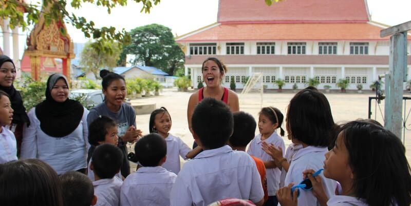Isa in Thailand lesgeven